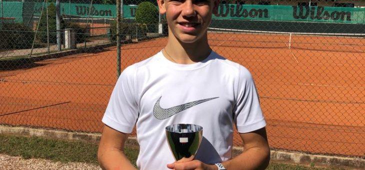 Mattia Padovani si aggiudica il torneo giovanile di Lana